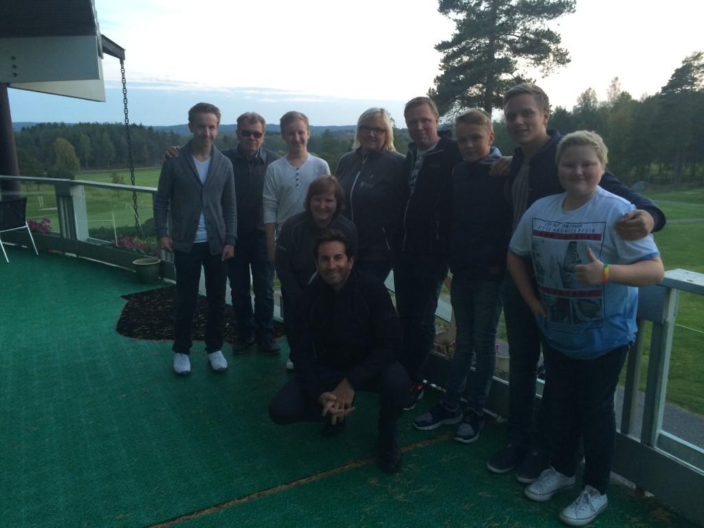 Avsluttning med Golf Grønn Glede gruppa, her sammen med vår pro Iain Powell