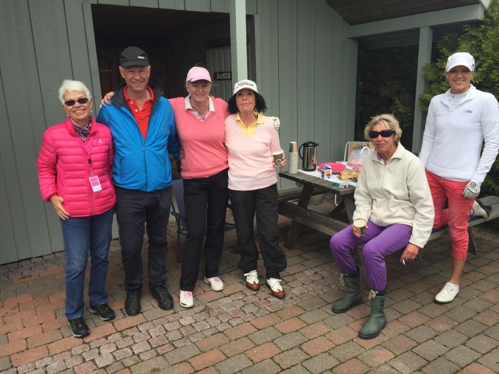 Marit Sverresen, Andreas Jensen, Lisbeth Kjelstrup, Berit Nilsson og Karin Lohrmann sammen med Amalie.