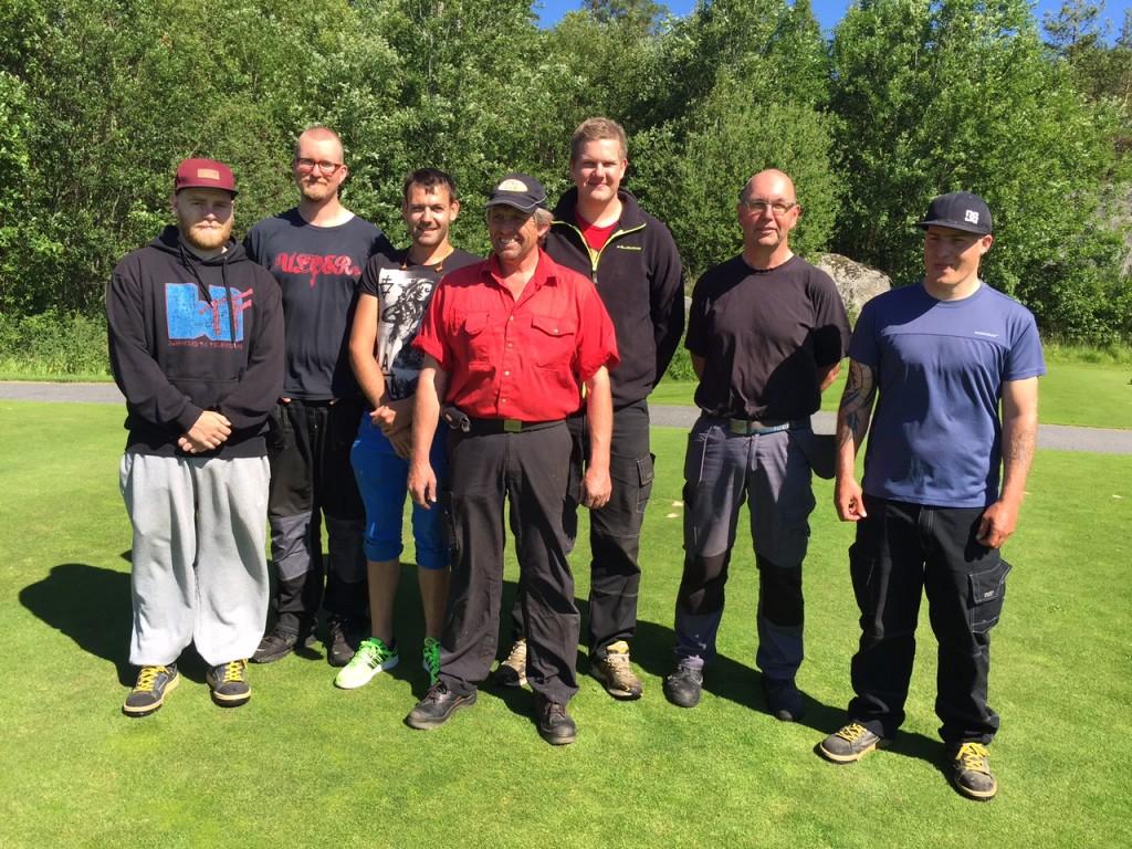 Dyktig banemannskap fra venster: Niclas ,Jørund, John, Jørn, Åsmund, Marko og Frode.